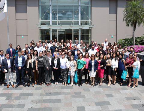 Medicos de SOLCA asisten a encuentro cientifico de cáncer de tiroides